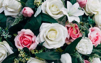 Fordele ved kunstige blomster i caféen